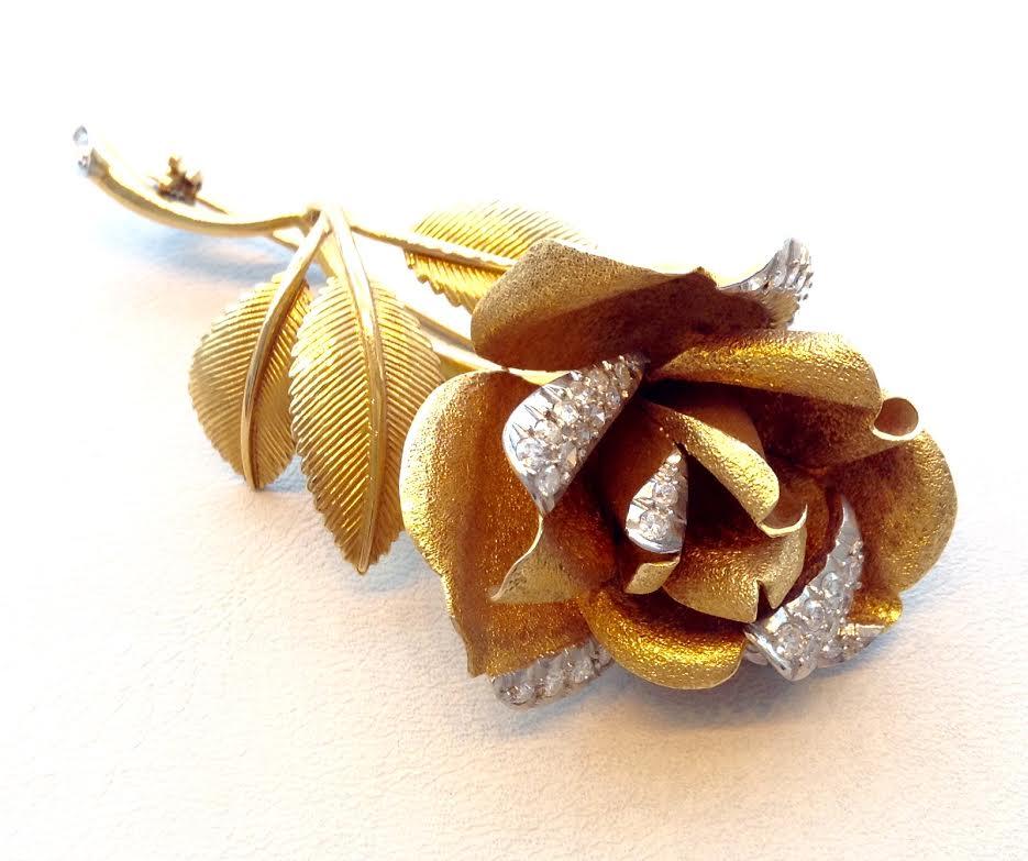 Broche flor 50